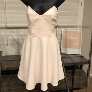 NWT Keepsake size Large  strapless dress